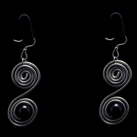 Handmade earrings with alpaca, black pearl and ancient Greek design