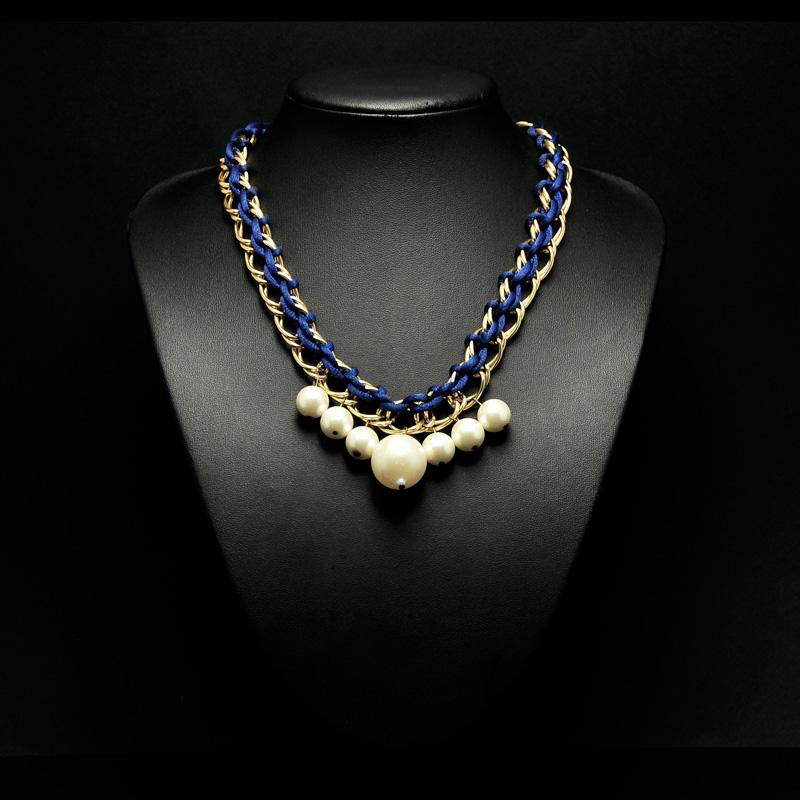 Χειροποίητο κολιέ με αλυσίδα πέρλες και μπλε κορδόνι - Nisos by D T! 124ee443bc9