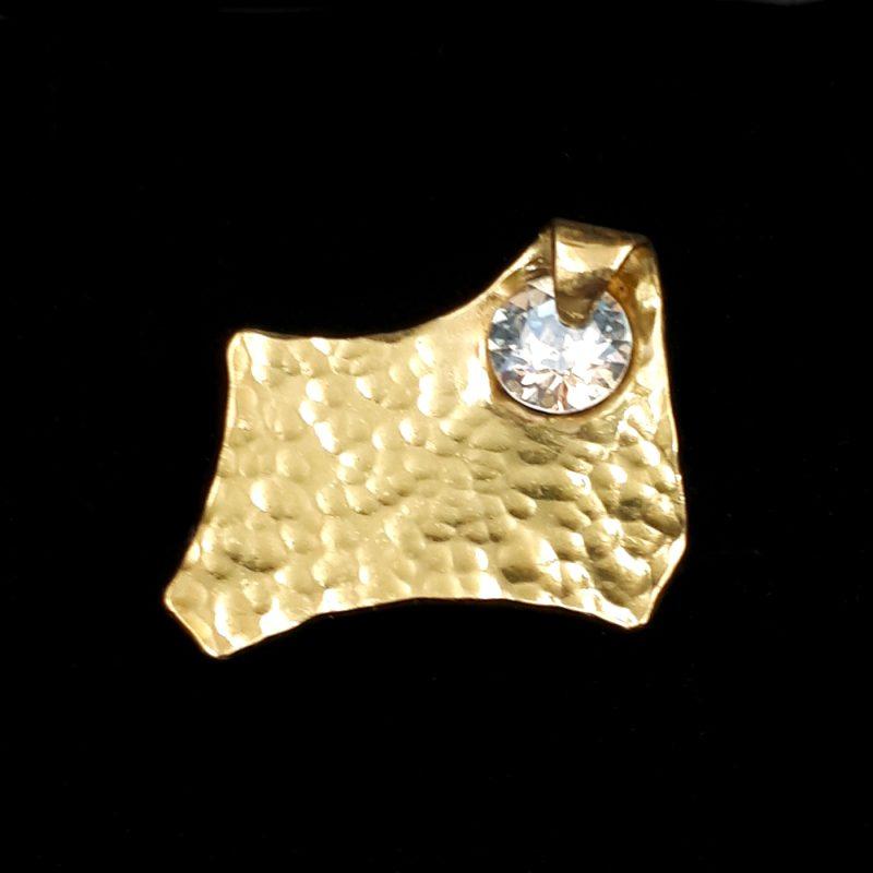 """Χειροποίητο δαχτυλίδι με σφυρήλατο ορείχαλκο, πέτρα """"Swarovski """"και ασήμι!"""