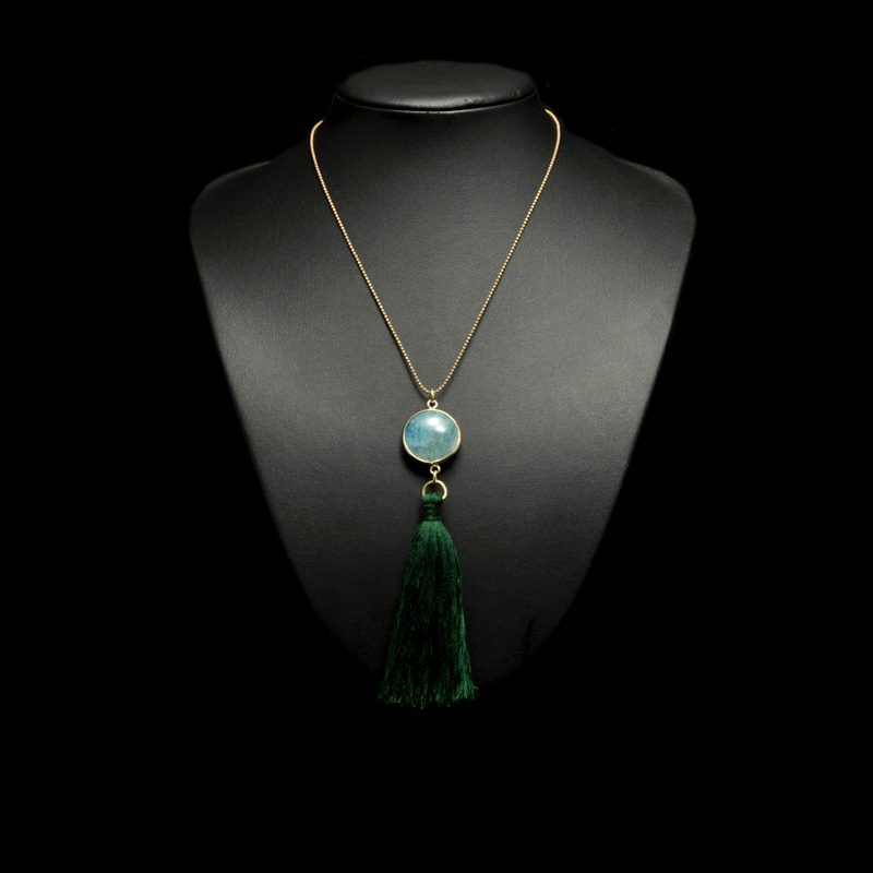 Handmade necklace with agate and tassel