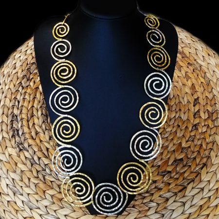 Handmade necklace with hammered arzanto [alpaca] and brass.