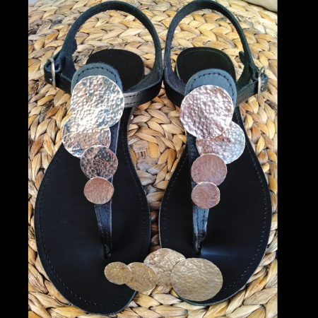 Handmade leather sandals with arzanto!