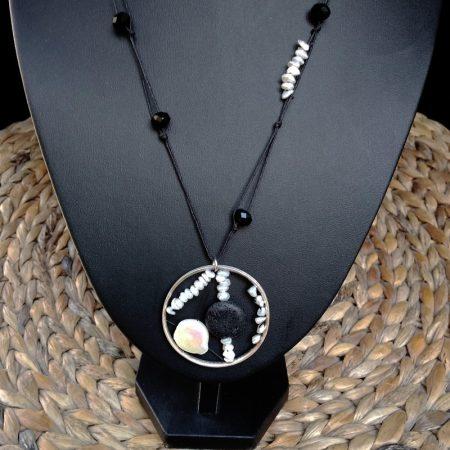 Handmade pendant with volcanic stones & pearls!