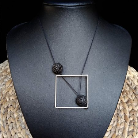 Square pendant with volcanic stones and arzanto