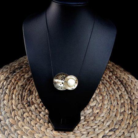 Handmade pendant with arzanto[alpakas] & pearls!